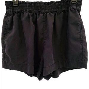 EUC M WhoWhatWear Black Shorts